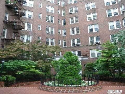 42-15 81st St #5B  Elmhurst ,  NY   11373
