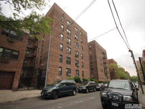 83-60 Vietor Ave #3L  Elmhurst ,  NY   11373