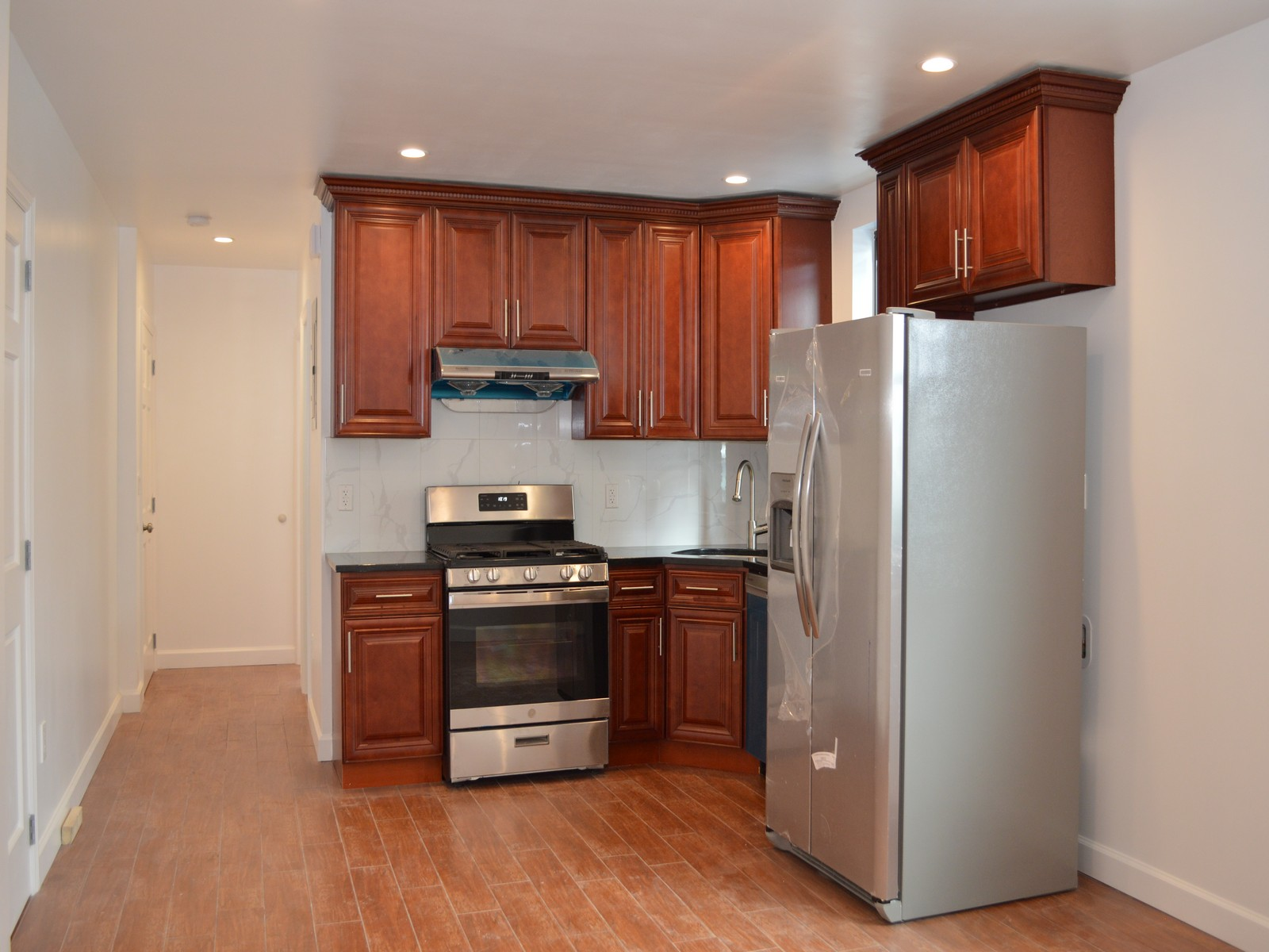 6-08 College Place, #1FL College Point, NY 11356